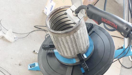 上弘焊接变位机应用于波纹管焊接
